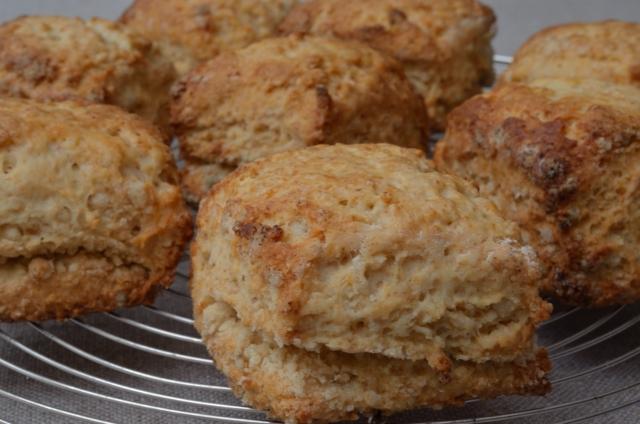 朝起きてパンがない時は…5分で生地完成の時短スコーン!