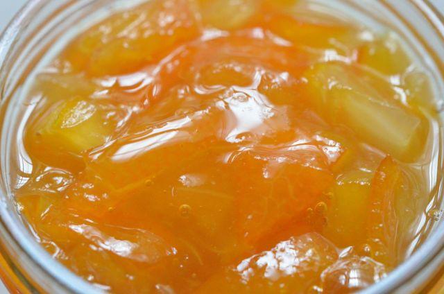 皮の美味しさを味わう 目にも鮮やかな金柑マーマレード