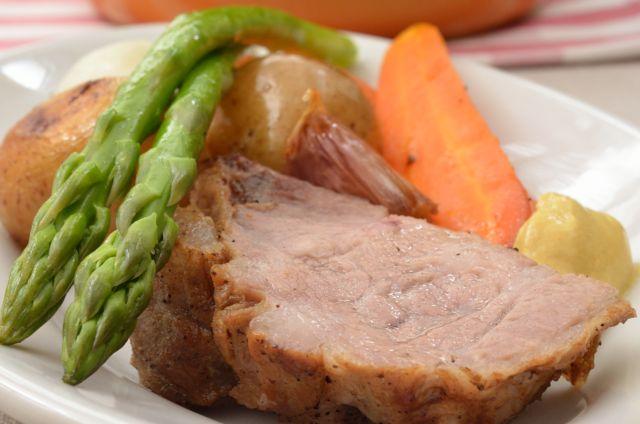 塩豚と鍋のチカラで野菜たっぷり手間いらず 塩豚と春野菜のブレゼ(蒸し煮)