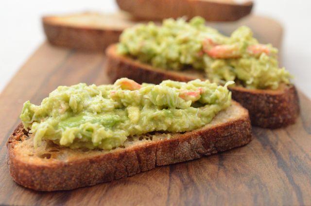 美味しいパンを用意して ささっと作れるワインのおとも4種
